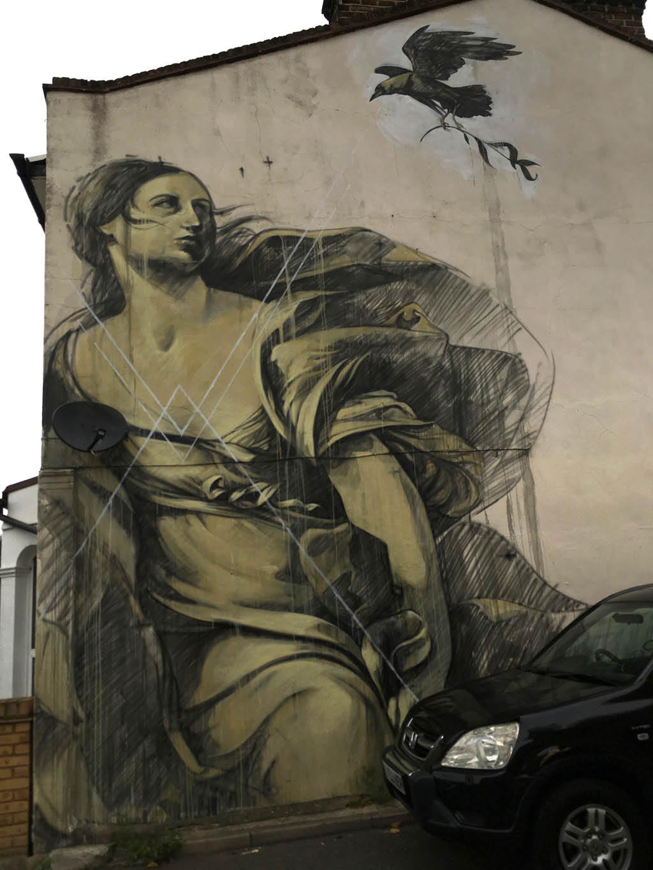 wall_woman